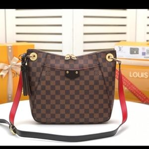 Louis Vuitton 12 x 11 x 2